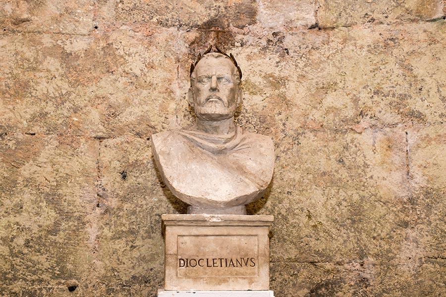 emperor_diocletian